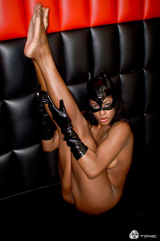 Adrianne curry new naked pics