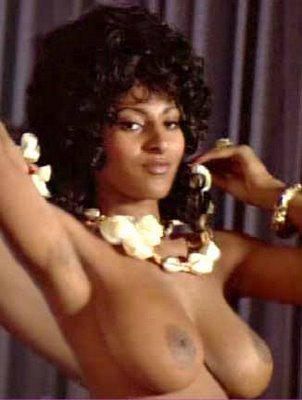 Published at 302 × 400 in Sexy Post of the Day…the Legendary Pam Grier (NSFW ...
